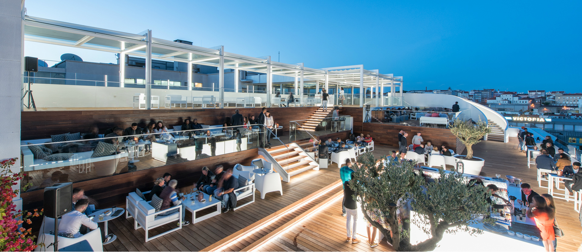 Best rooftops in Portugal: sky bar hotel tivoli what to do in lisbon What To Do In Lisbon: 48 Hours In The Capital Carrocel 2 65