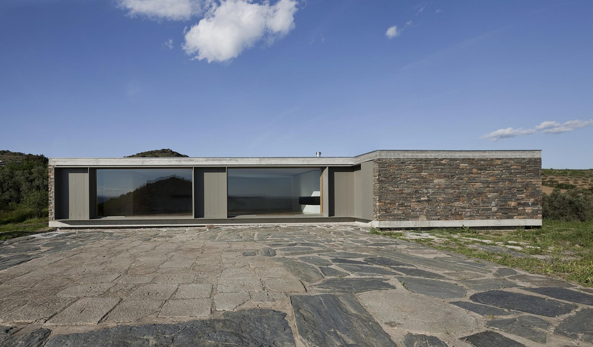 Best Architecture Projects 5 best architecture projects Best Architecture Projects: theHouse by Correia/Ragazzi Arquitectos Best Architecture Projects 5