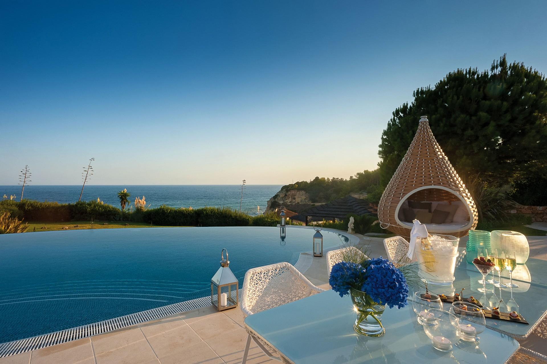 Vila Vita Parc 7 vila vita parc Vila Vita Parc: Get a behind the scenes look of a luxury hotel Vila Vita Parc 7