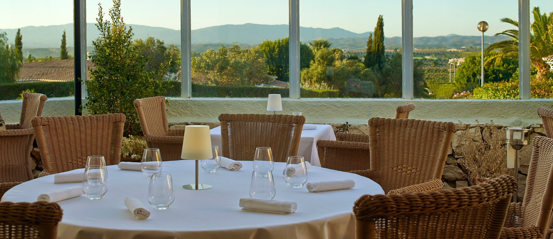 Michelin star restaurants: Bon Bon michelin star restaurants Michelin star restaurants: The complete guide for 2019 image 1