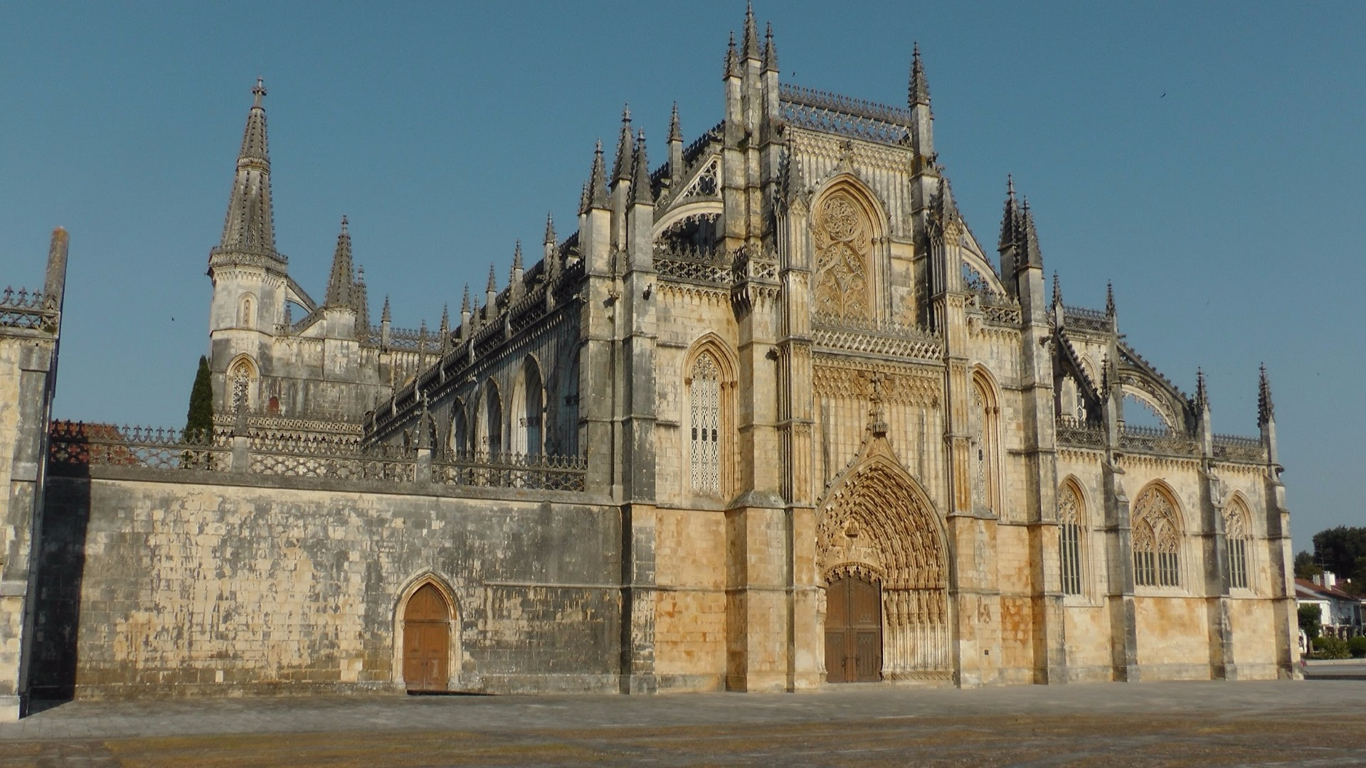 Batalha what to do in lisbon What To Do In Lisbon: 48 Hours In The Capital Batalha