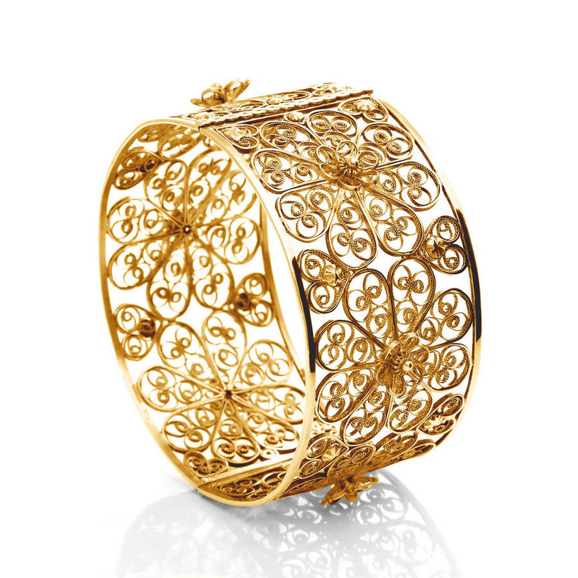 Filigree filigree Filigree and its origin rooted in Portuguese culture Filigree 3