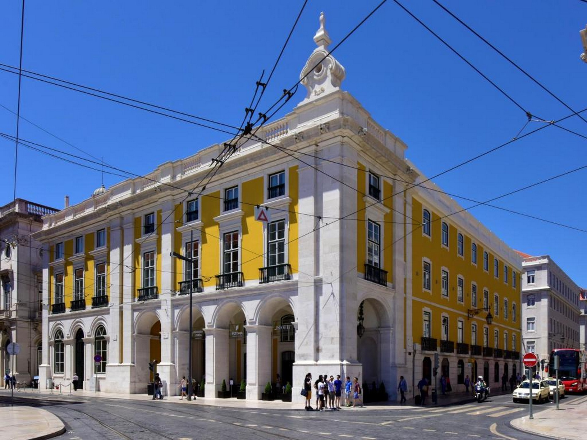 Historic Hotels in Portugal: Lisboa what to do in lisbon What To Do In Lisbon: 48 Hours In The Capital Historic Hotels in Portugal 5