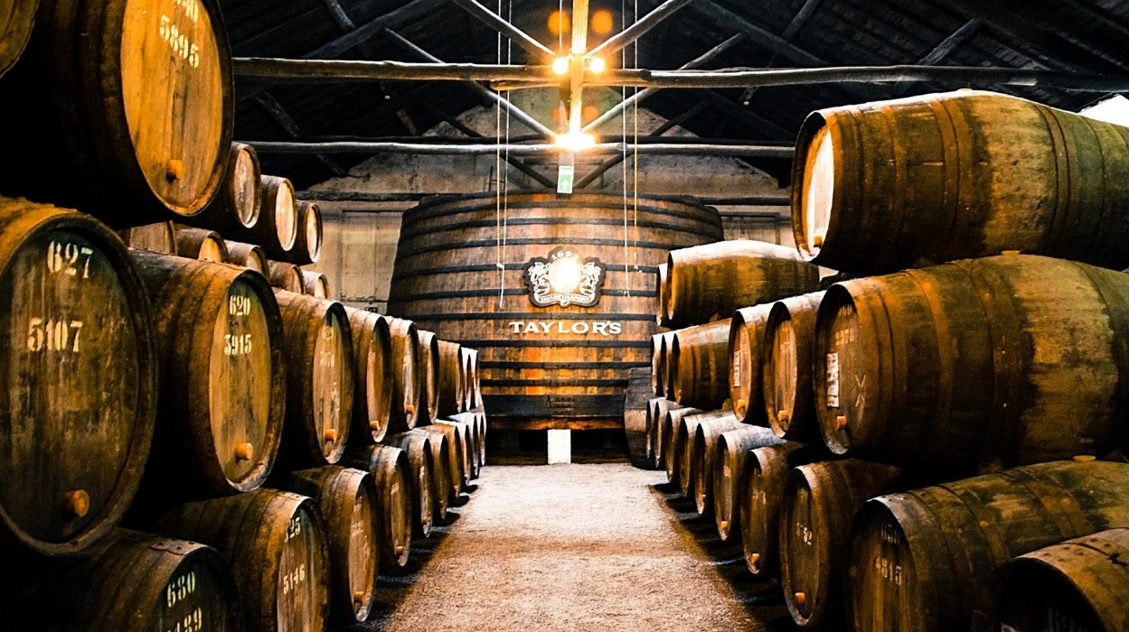 port wine Port Wine: Your Complete Guide To Taste It Like A Professional Port Winel 2 1