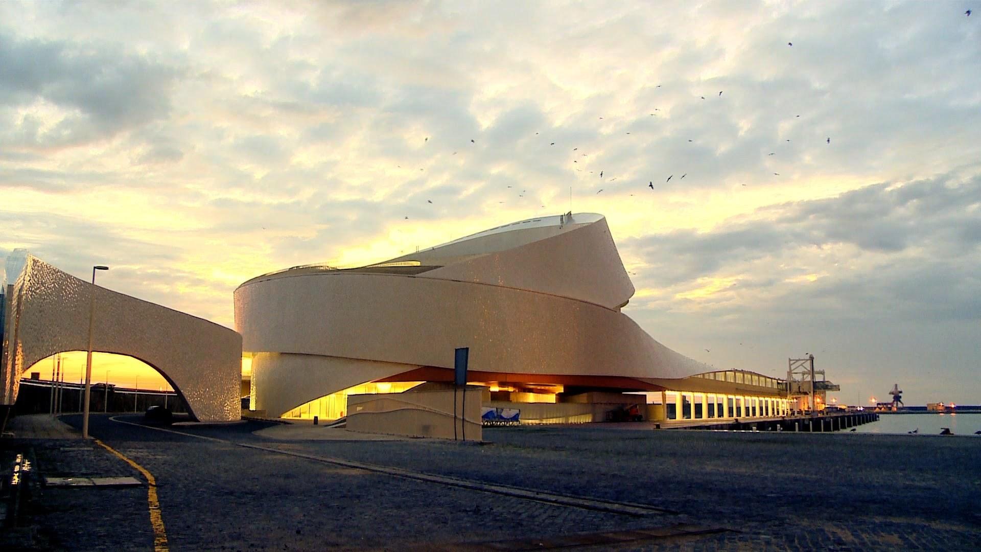terminal de cruzeiros de leixões Terminal de Cruzeiros de Leixões is a masterpiece of architecture Terminal de Cruzeiros de Leix  es 2