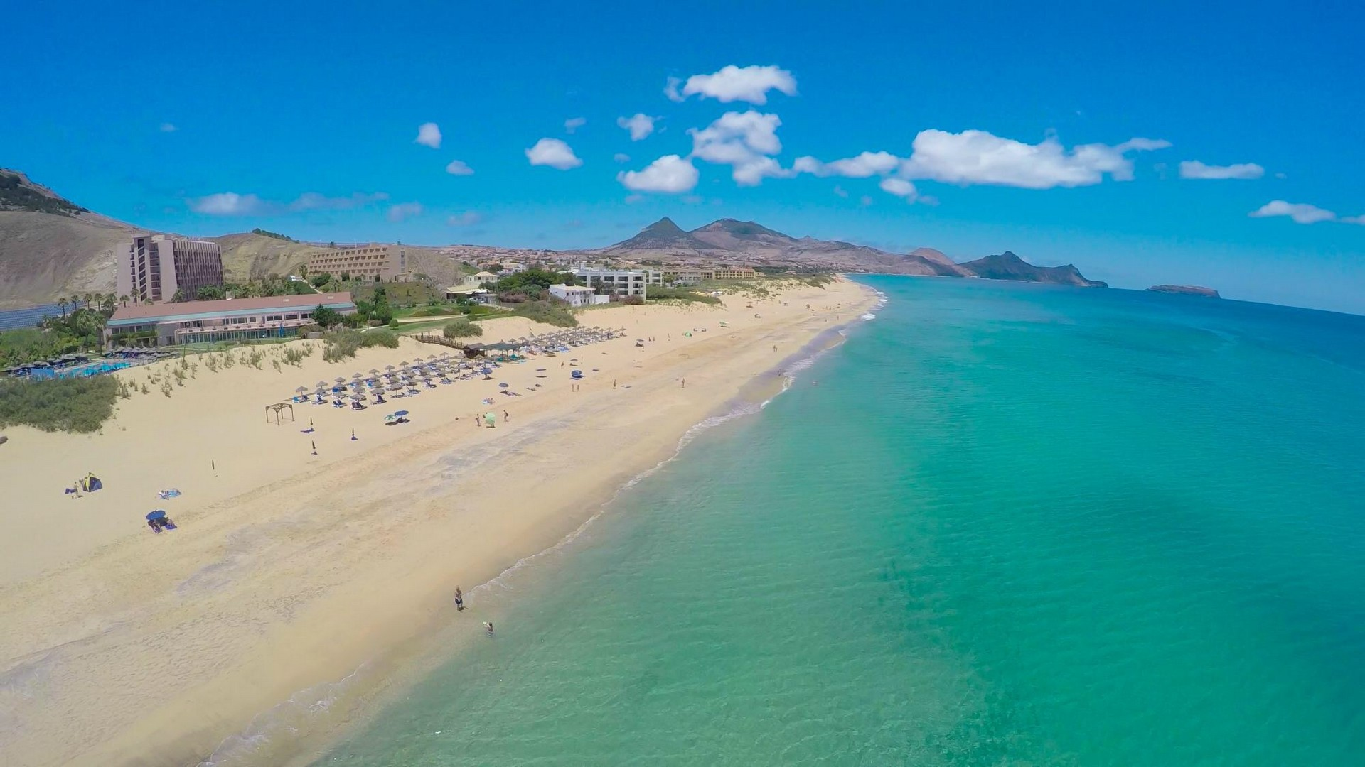 Best Portuguese Beaches To Enjoy This Summer best portuguese beaches Best Portuguese Beaches To Enjoy This Summer Best Portuguese Beaches To Enjoy This Summer 3
