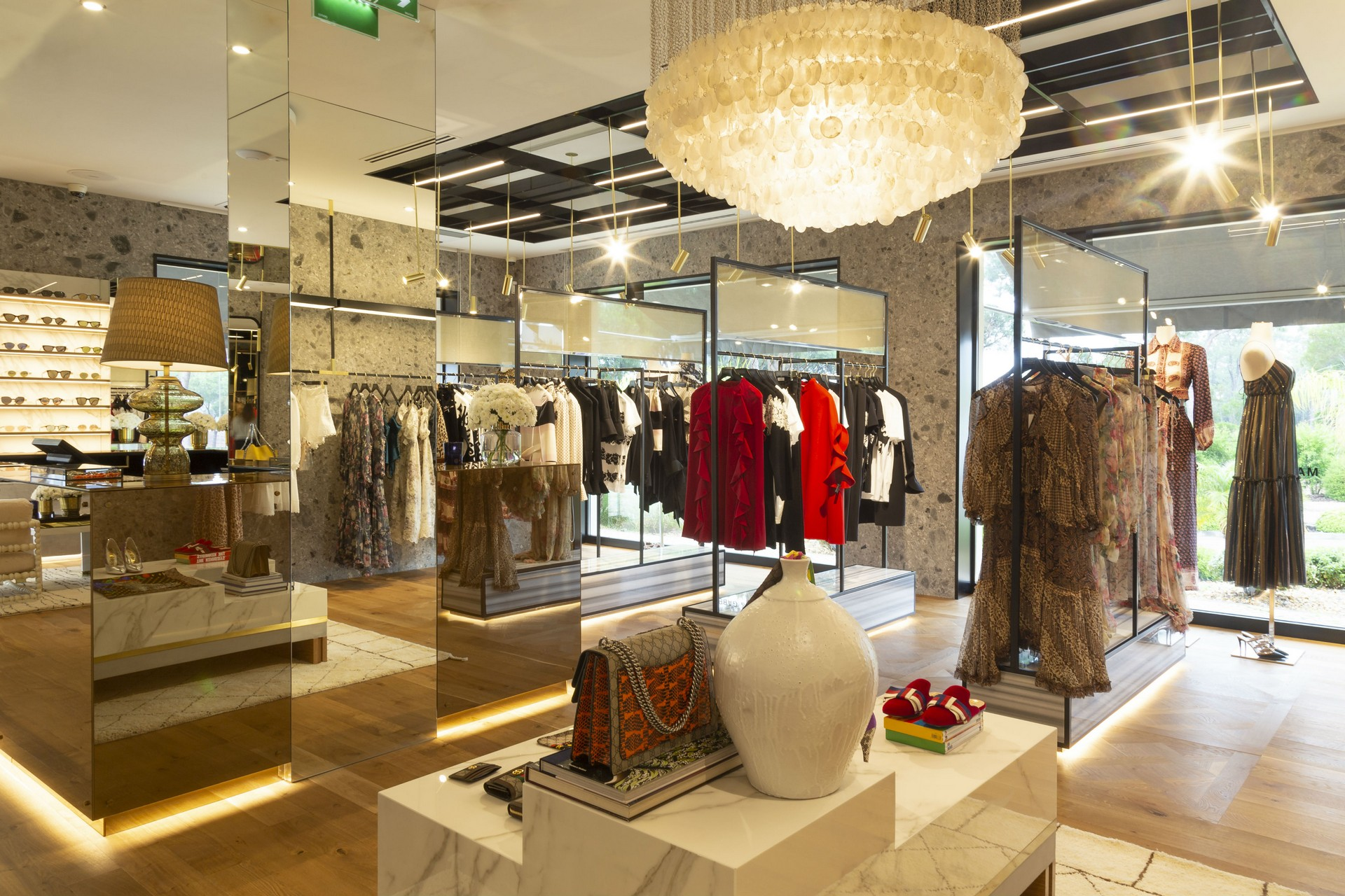 Luxury Portuguese Stores in the South of Portugal: Fashion Clinic luxury portuguese stores Luxury Portuguese Stores in the South of Portugal Luxury Portuguese Stores in the South of Portugal 1