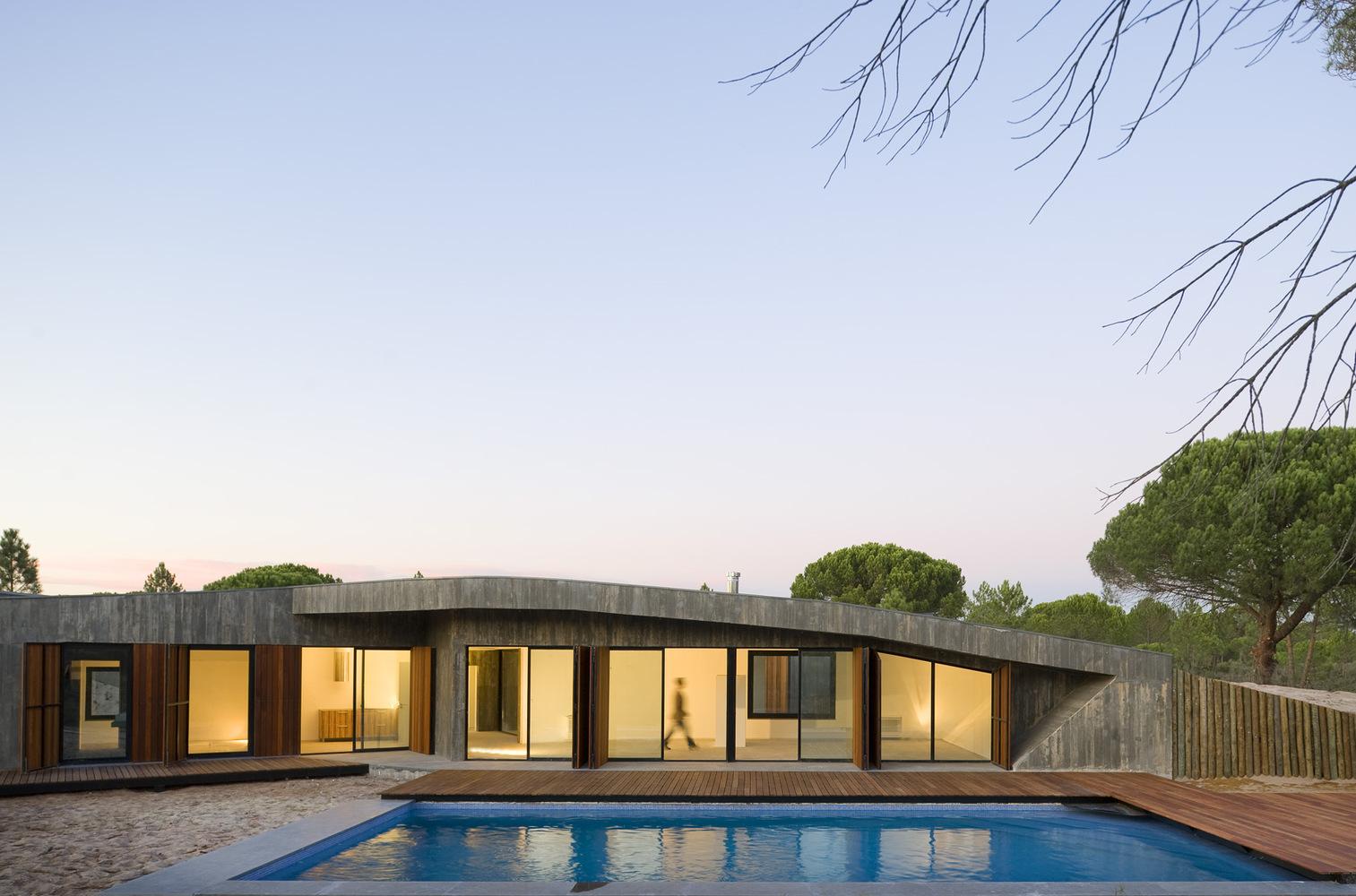 Discover Comporta's Dune House by Pereira Miguel Arquitectos dune house Discover Comporta's Dune House by Pereira Miguel Arquitectos 41c91302 2ad6 4cc8 9369 a83c201001e4