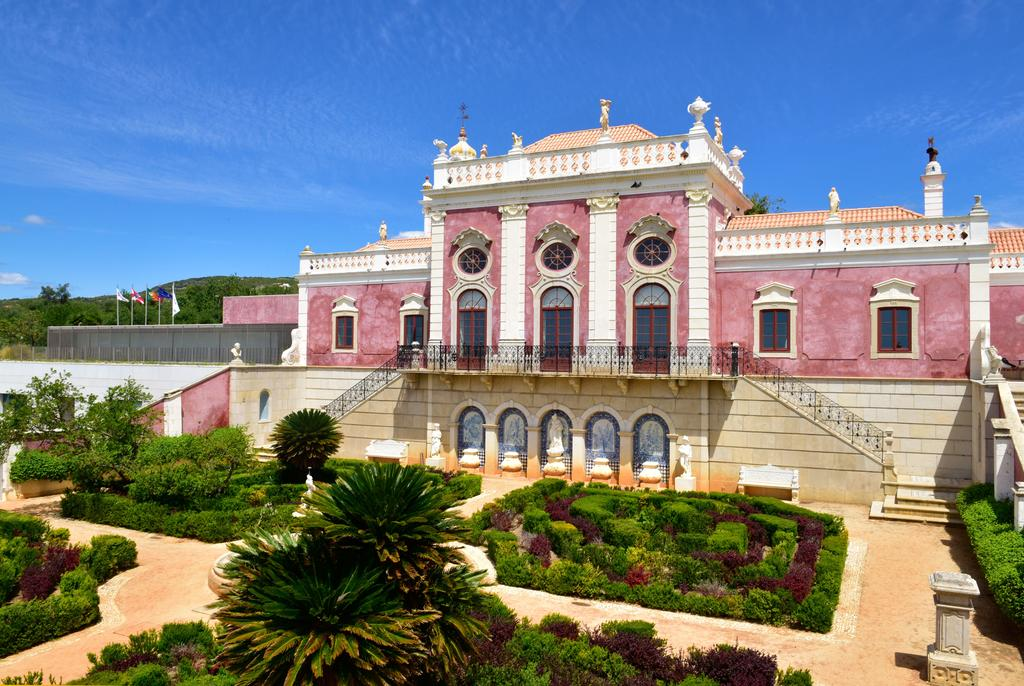 Culture, History And Tradition: Discover The Best Historic Hotels In Portugal  historic hotels Culture, History And Tradition: Discover The Best Historic Hotels In Portugal 69731476
