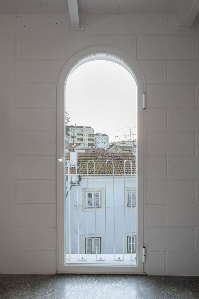 'Casa Dodged' Is The New Project In Lisbon That Blends History With Contemporary Lines dodged house Dodged House Is The New Project In Lisbon That Blends History With Contemporary Lines DodgeHouse      DylanPerrenoud 74