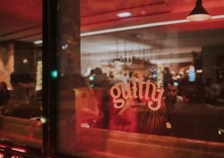 Irreverent Food Concept Lands In Porto: Meet The New Guilty By Oliver guilty by olivier Irreverent Food Concept Lands In Porto: Meet The New Guilty By Olivier guiltyoriente header1b 1 250x177