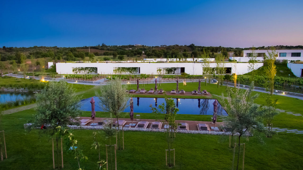 L'And Vineyards, The Astonishing Hotel in Southern Portugal l'and vineyards L'And Vineyards, The Astonishing Hotel in Southern Portugal l acute and vineyards gallery0174