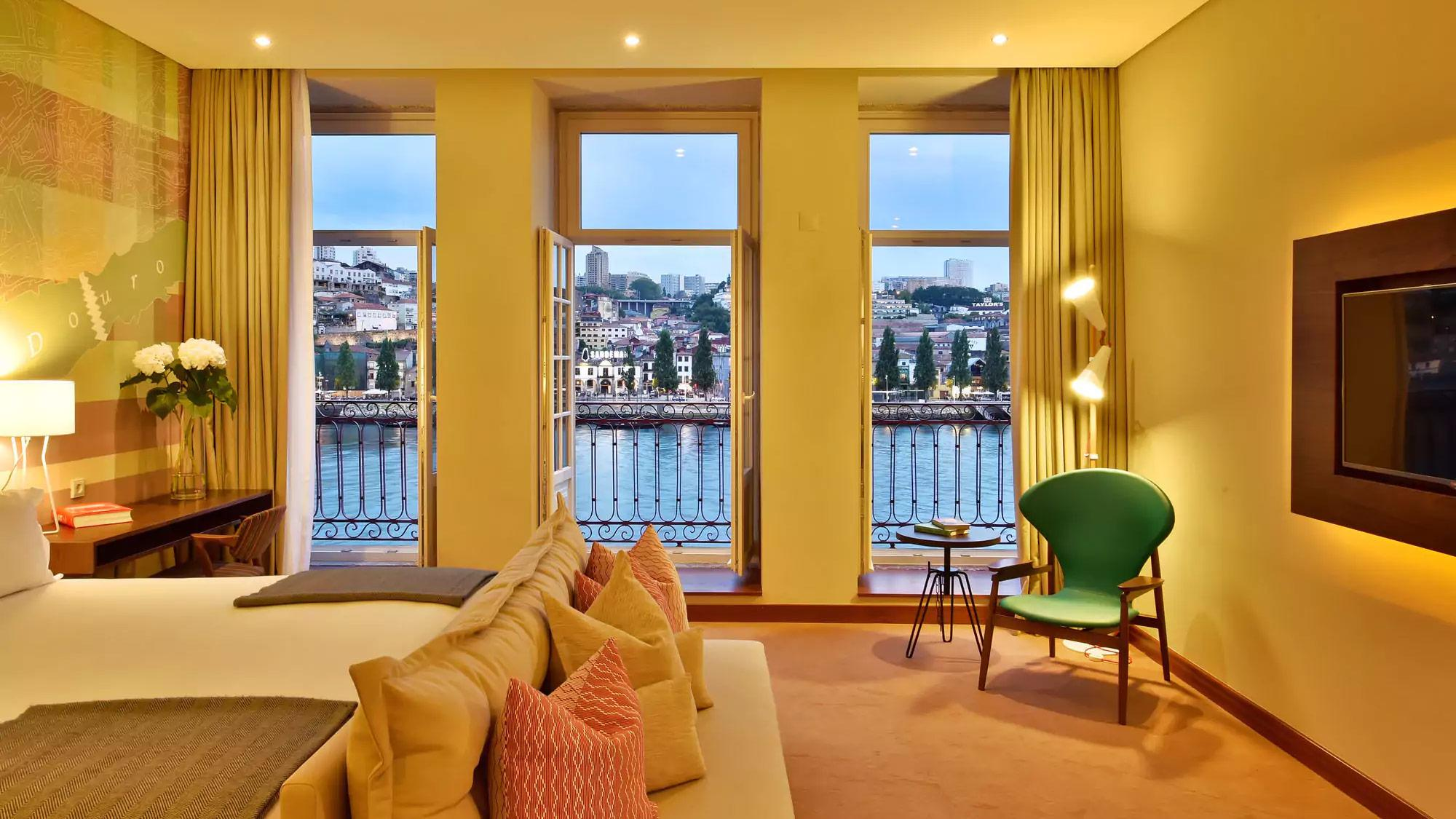 City Guide: Discover The Best From Porto city guide City Guide: Discover The Best From Porto pestana vintage porto hotel and world heritage site club room