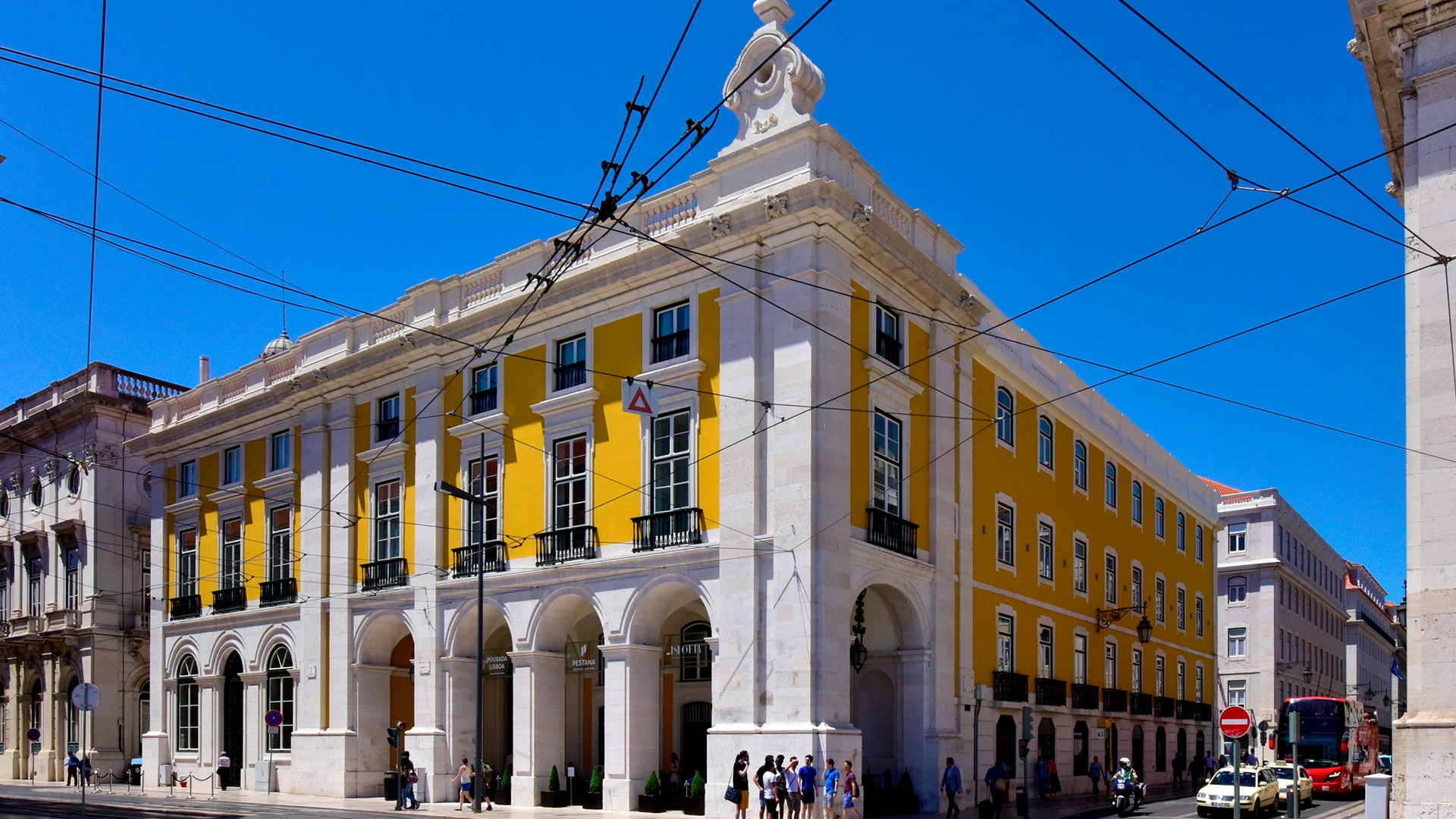 Culture, History And Tradition: Discover The Best Historic Hotels In Portugal  historic hotels Culture, History And Tradition: Discover The Best Historic Hotels In Portugal pousada lisboa 10