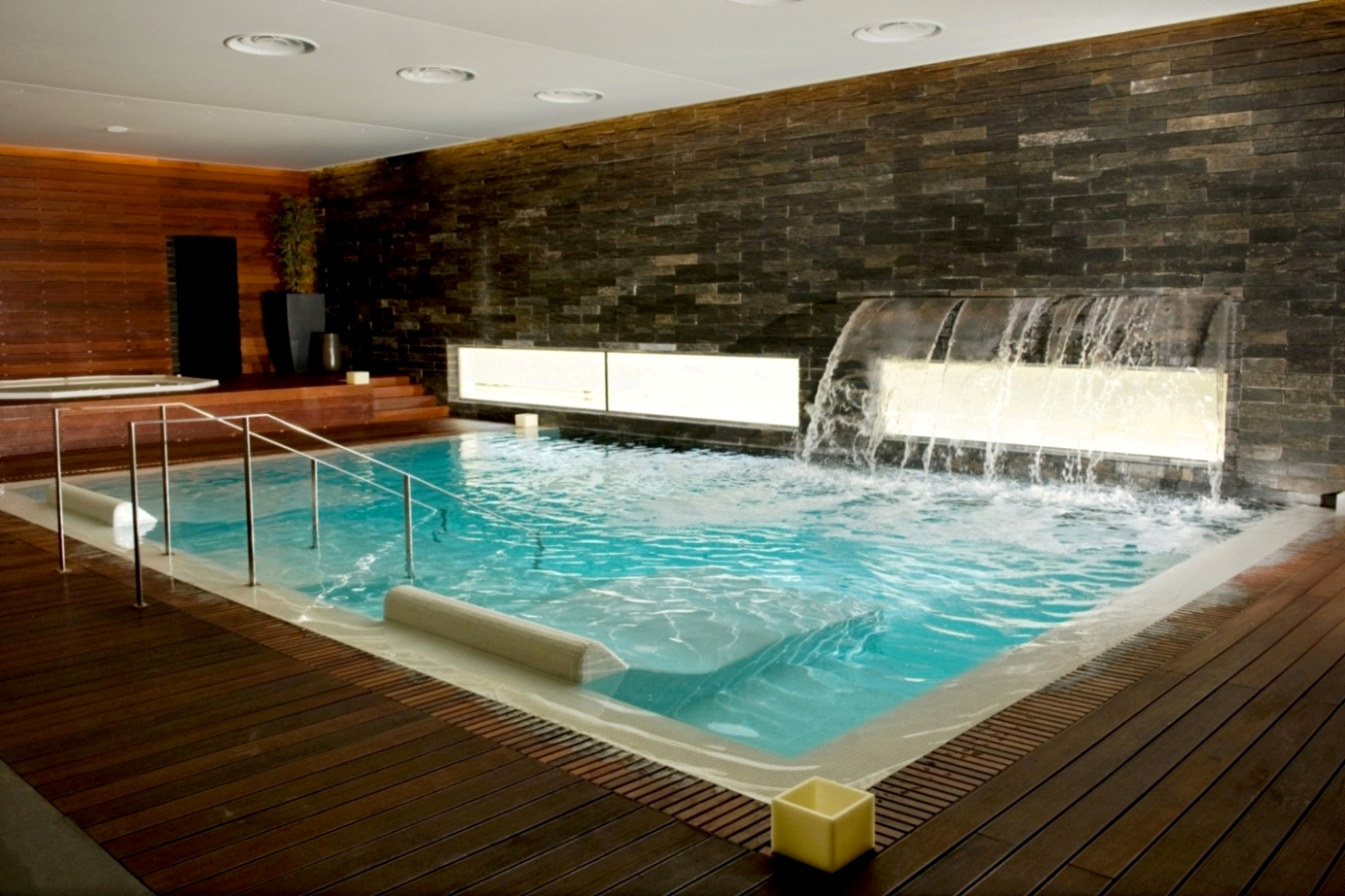 Time to Relax: Find Out What Are The Best Portuguese Spas portuguese spas Time to Relax: Find Out What Are The Best Portuguese Spas termas de monte real