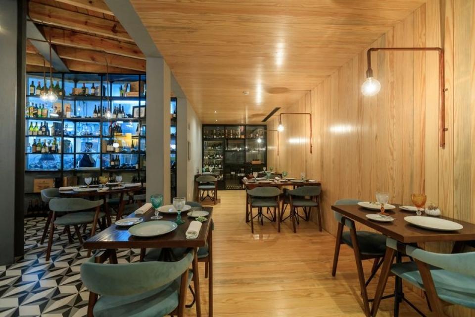 Portuguese Gastronomy: Best Luxury Restaurants in Portugal luxury restaurants Portuguese Gastronomy: Best Luxury Restaurants in Portugal 31915116 BINARY GI20180630MIGUELPEREIRA0144 resultado 960x640 c