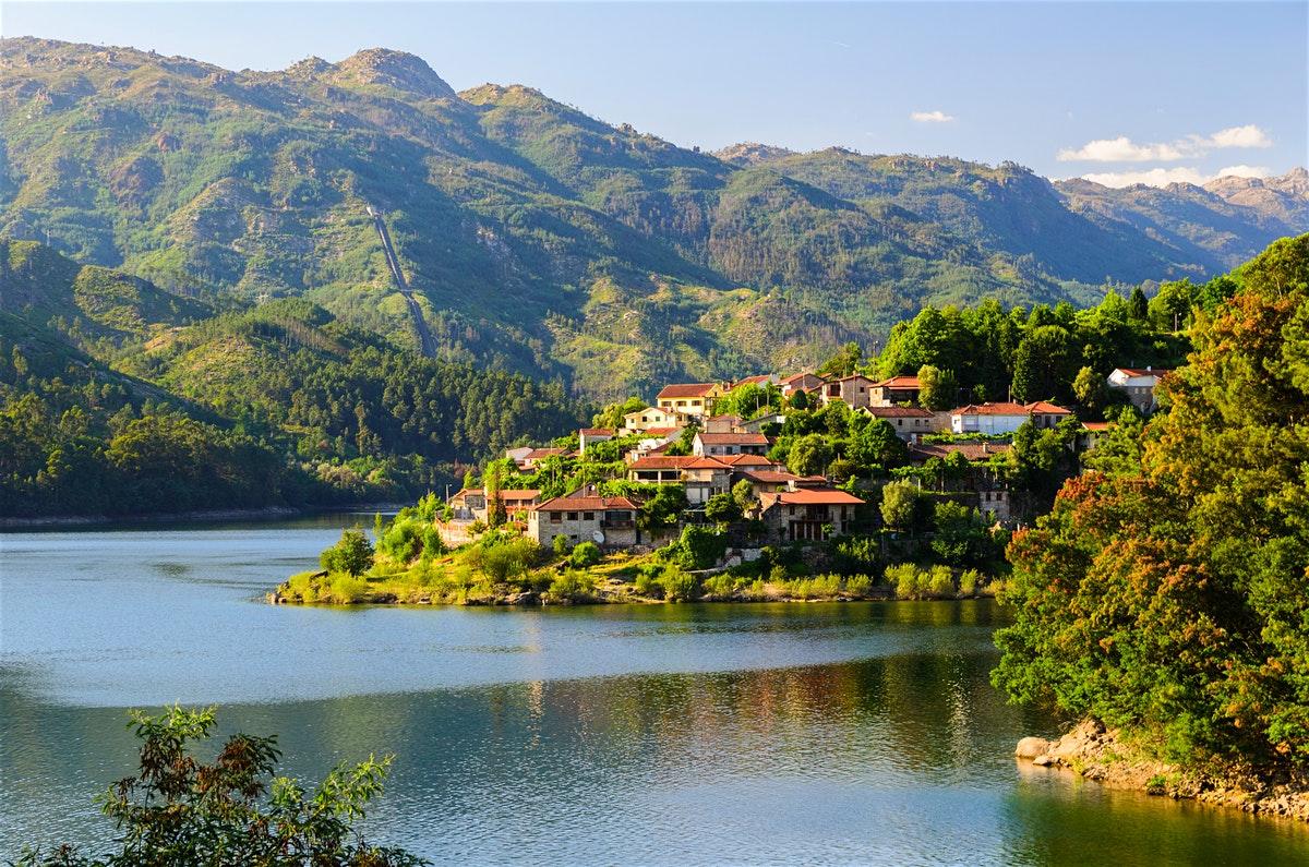 The Best Secret Places From Portugal  secret places The Best Secret Places In Portugal 3cfb033e93c57fc3ad0593e217d34fe8 parque nacional da peneda geres