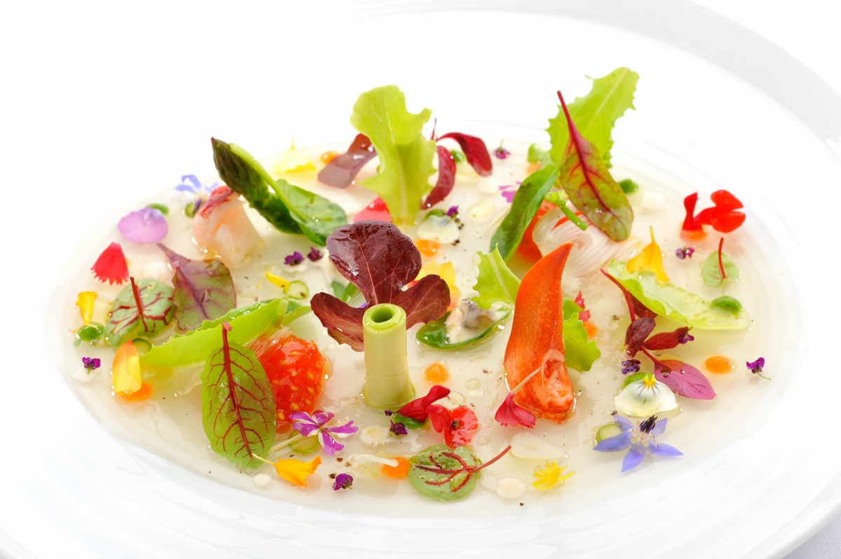 Portuguese Gastronomy: Best Luxury Restaurants in Portugal luxury restaurants Portuguese Gastronomy: Best Luxury Restaurants in Portugal Ensalada Tibia MB