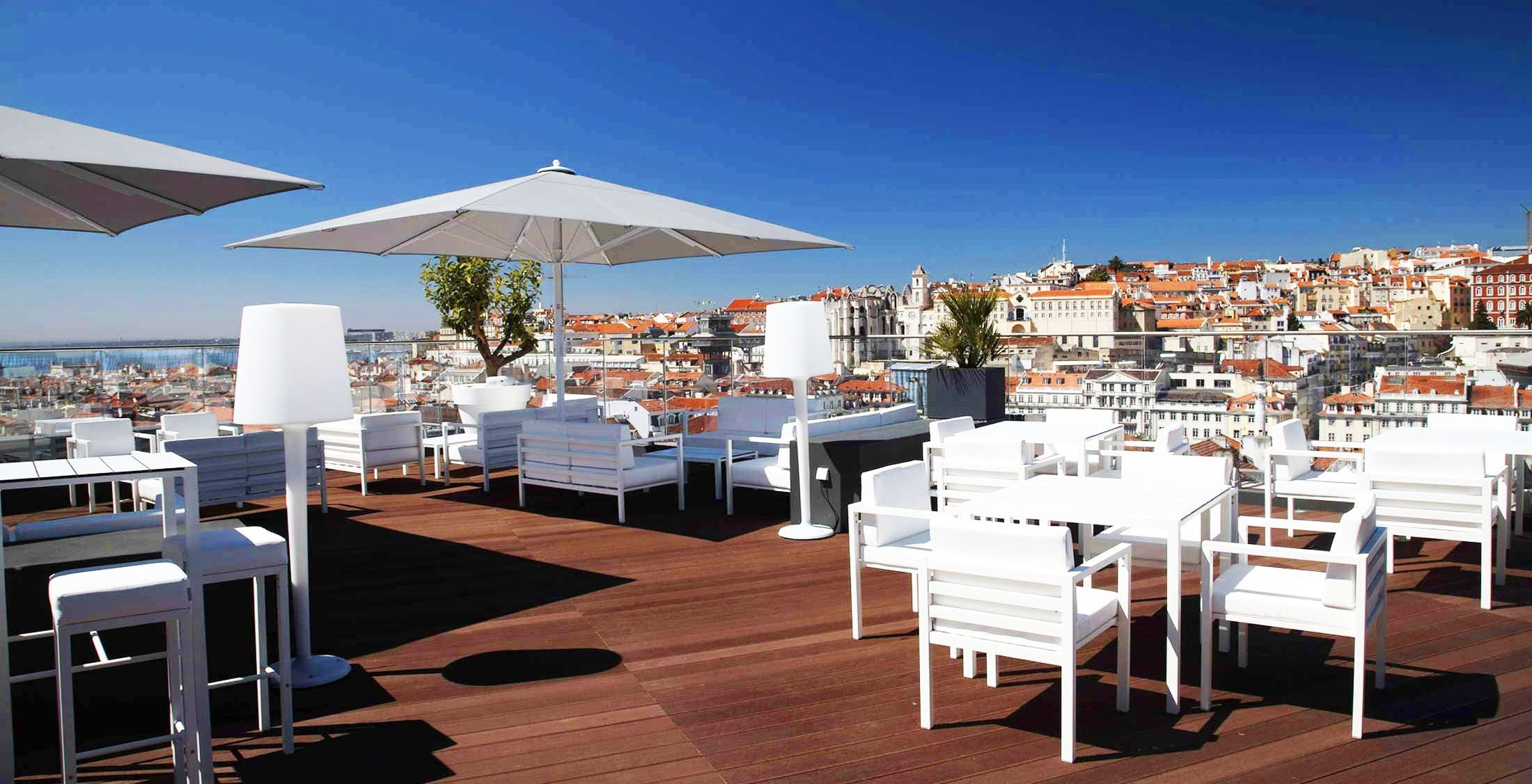 The Best Rooftop Bars in Portugal best rooftop bars in portugal The Best Rooftop Bars in Portugal Memmo Alfama 2