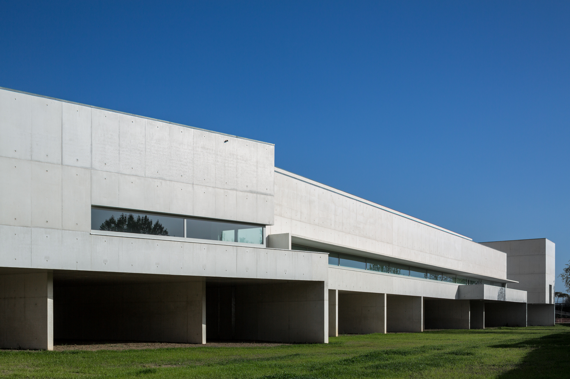 The Best Museums & Art Galleries in Portugal museums The Best Museums & Art Galleries in Portugal Nadir Afonso Contemporary Art Museum