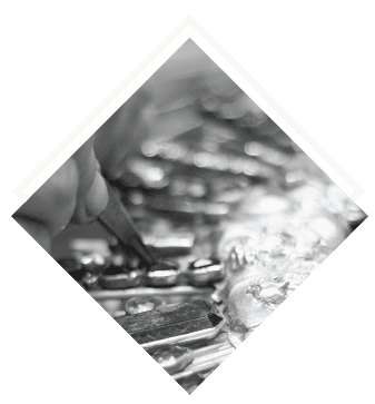 Discover The Soul Of Portuguese Jewellery: Ourivesaria Tavares ourivesaria tavares Discover The Soul Of Portuguese Jewellery: Ourivesaria Tavares Ourivesaria tavares criacao fabrico restauro alfaias religiosas arte sacra