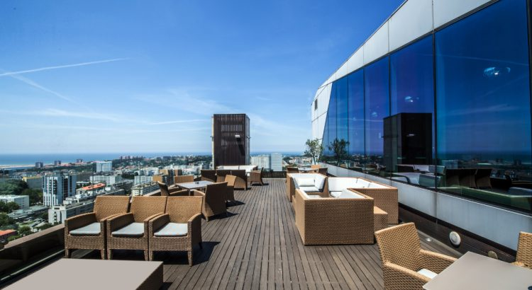 best rooftop bars in portugal The Best Rooftop Bars in Portugal The Best Rooftop Bars in Portugal 750x410