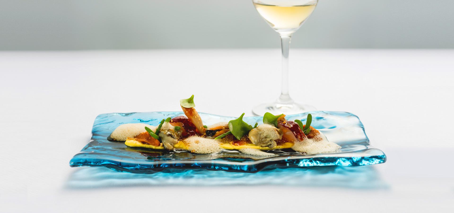 Portuguese Gastronomy: Best Luxury Restaurants in PortugalPortuguese Gastronomy: Best Luxury Restaurants in Portugal luxury restaurants Portuguese Gastronomy: Best Luxury Restaurants in Portugal michelin star restaurant porto 2  57777828358cac7ee9e7e1