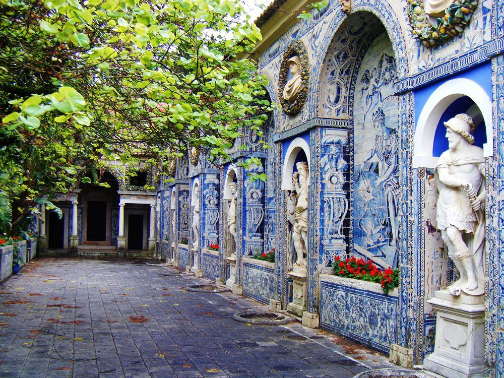 Portuguese Tiles: More Than a Decoration Motif  portuguese tiles Portuguese Tiles: More Than a Decoration Motif small 4