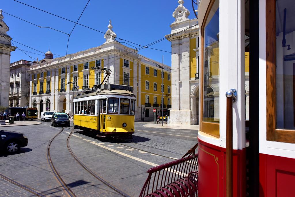Secrets Itinerary: The Best Tips To Fully Enjoy Lisbon  lisbon Secrets Itinerary: The Best Tips To Fully Enjoy Lisbon 48496034