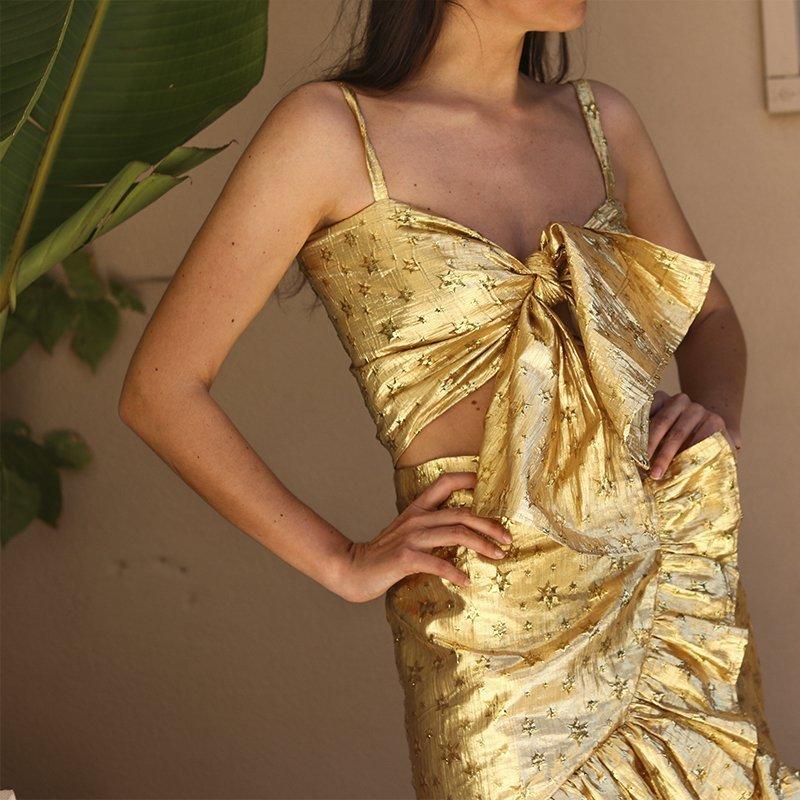 alameda turquesa Alameda Turquesa: The Portuguese Brand That Stole Sofia Vergara's Heart 5 dress gold alameda turquesa