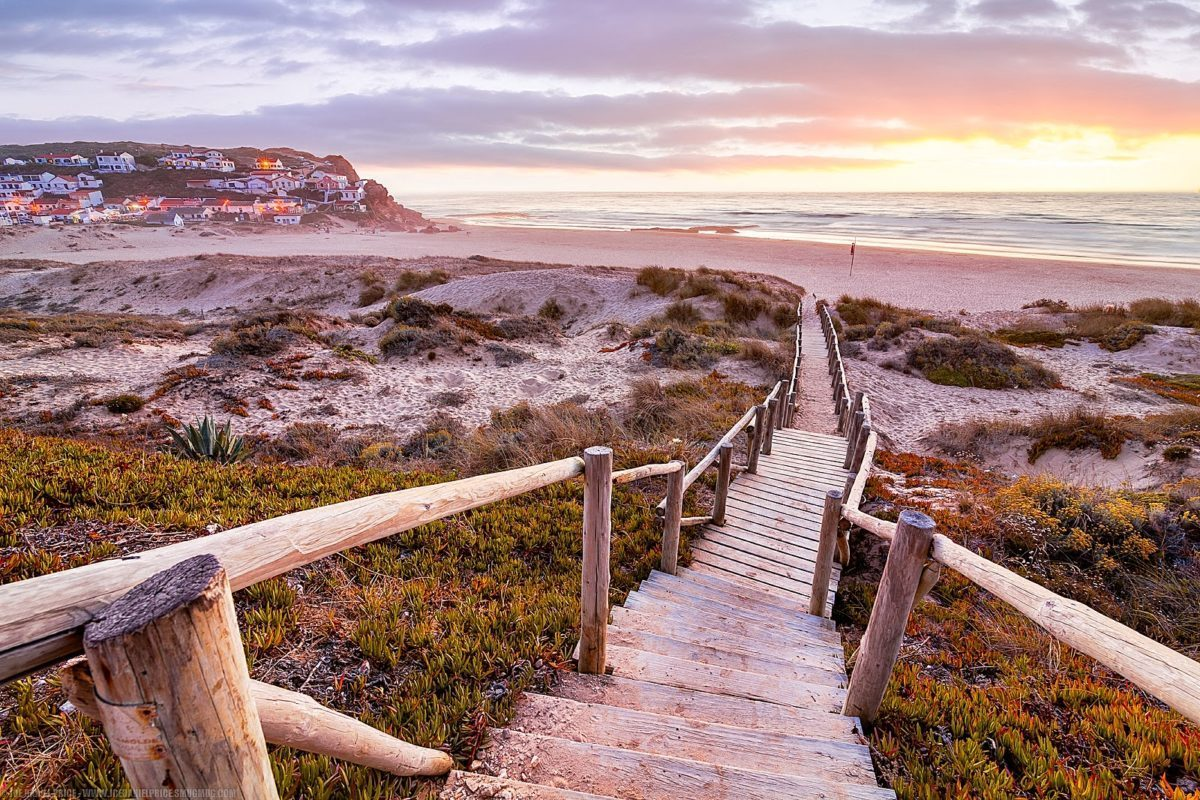 Monte Clérigo: This Secret Beach In Algarve Is A Paradise Waiting To Be Discovered   algarve Monte Clérigo: This Secret Beach In Algarve Is A Paradise Waiting To Be Discovered 7945193992 2158116972 h e1556115524766