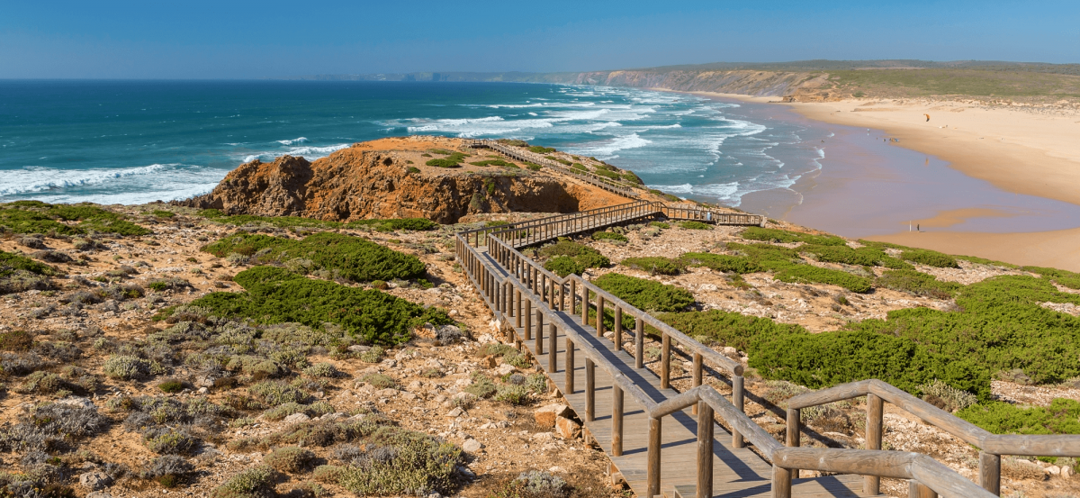 Secrets Itinerary: Discover All About Algarve And Its Beaches algarve Secrets Itinerary: Discover All About Algarve And Its Beaches A Rota Vicentina passa pela Carrapateira e1563371285123