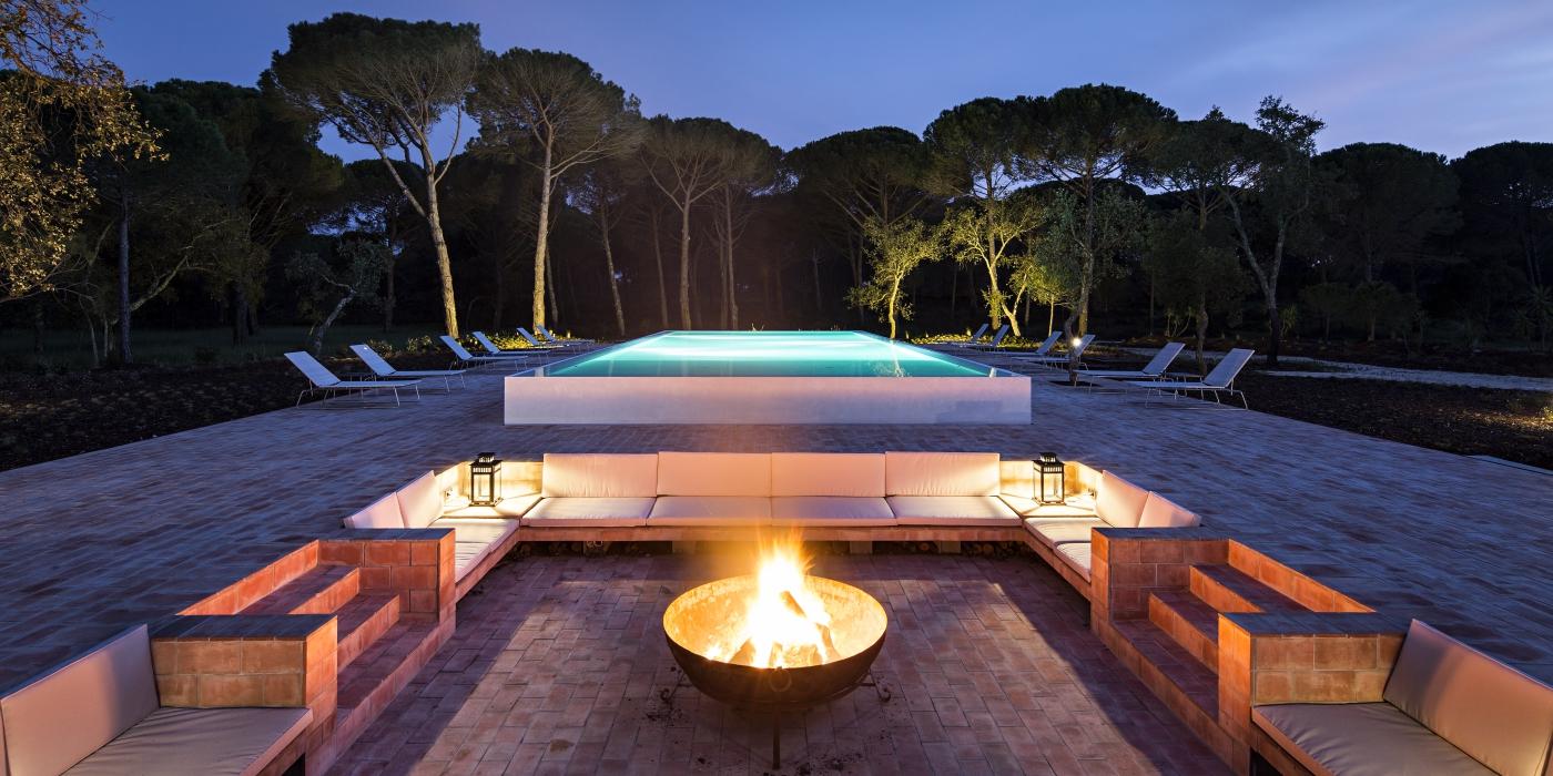 Sublime Comporta: Southern Luxury in Alentejo comporta Sublime Comporta: Southern Luxury in Alentejo Firepit and Pool Sublime Comporta s mad