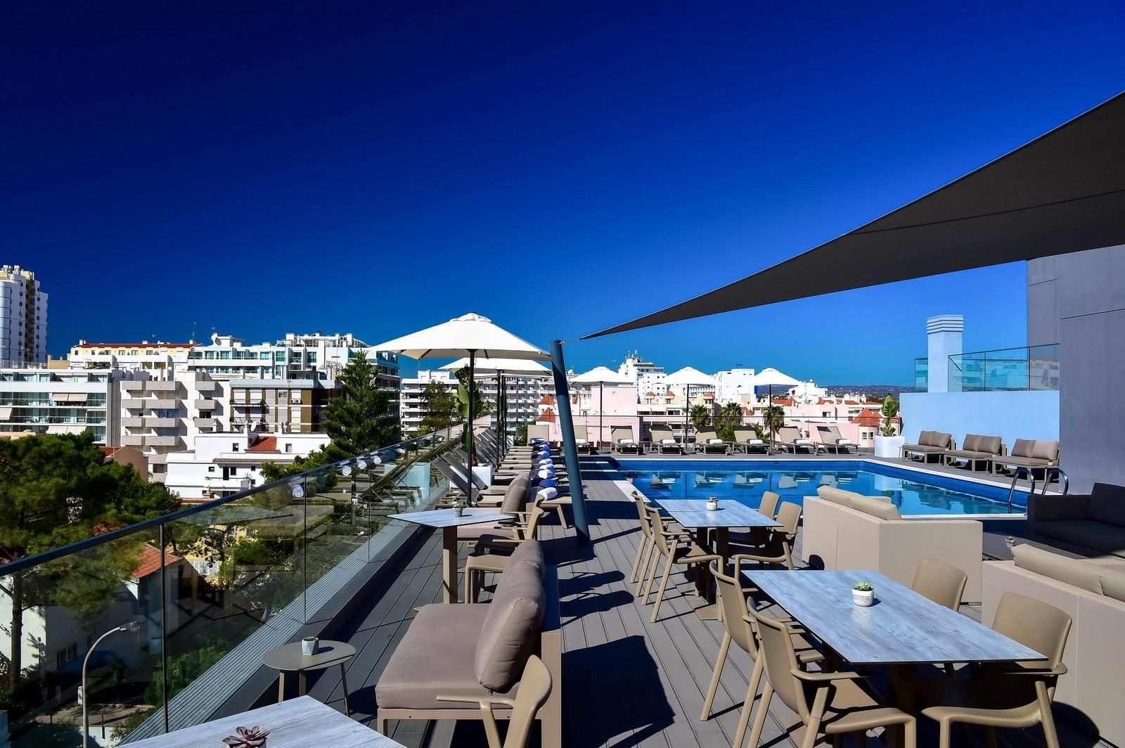 hotel Prime Energize Hotel: A Project by Nini Andrade Silva L08zbS8tME0zWnJTbS95UXN3TzdTbk1qbi9uampUN2prc2tqakZzN1JTc2tuTTNTc1NKU25yTUVTczR0enRka3I