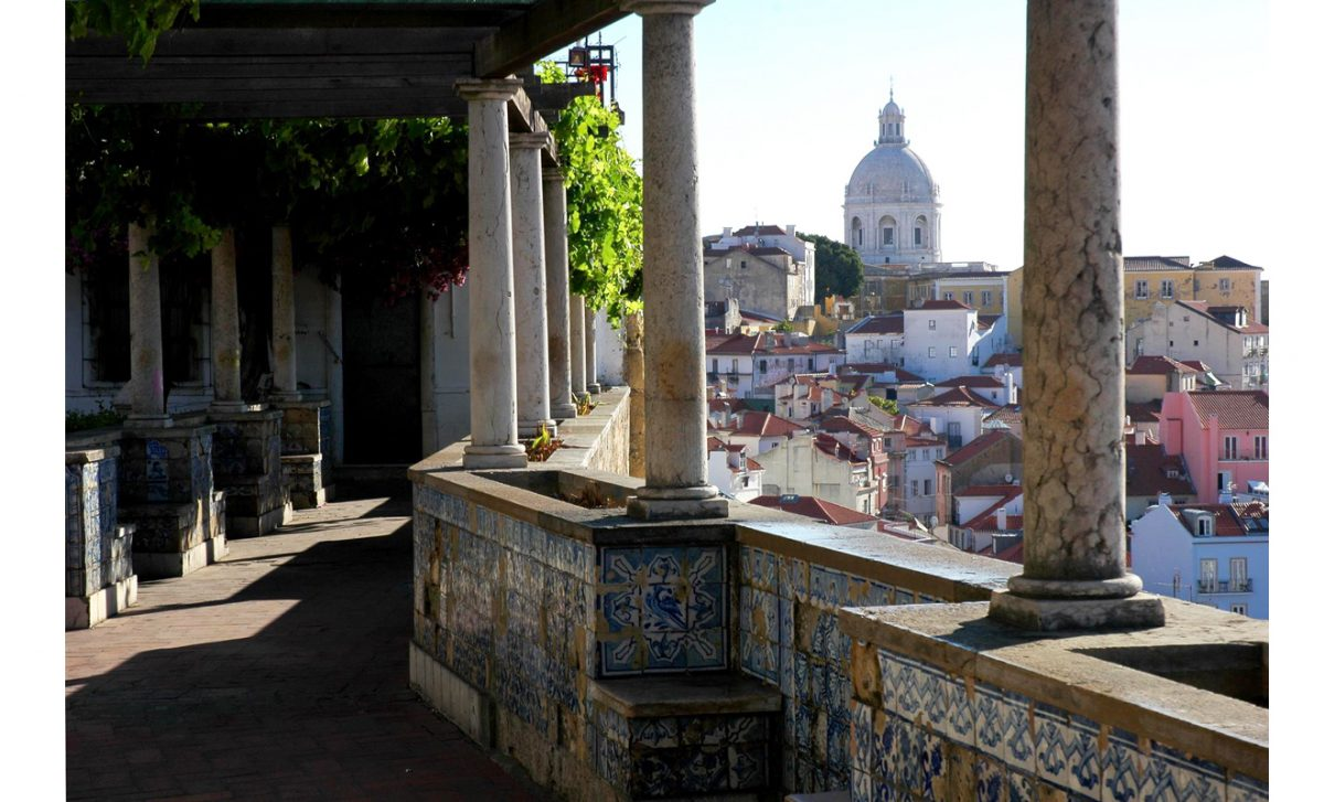 Secrets Itinerary: The Best Tips To Fully Enjoy Lisbon lisbon Secrets Itinerary: The Best Tips To Fully Enjoy Lisbon Lisboa quase concluida reabilitacao do Miradouro de Santa Luzia e1563900469838