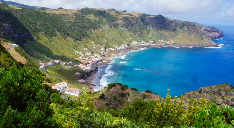 azores Secrets Itinerary: The Top Places In Azores ad 1800x1196 750x410