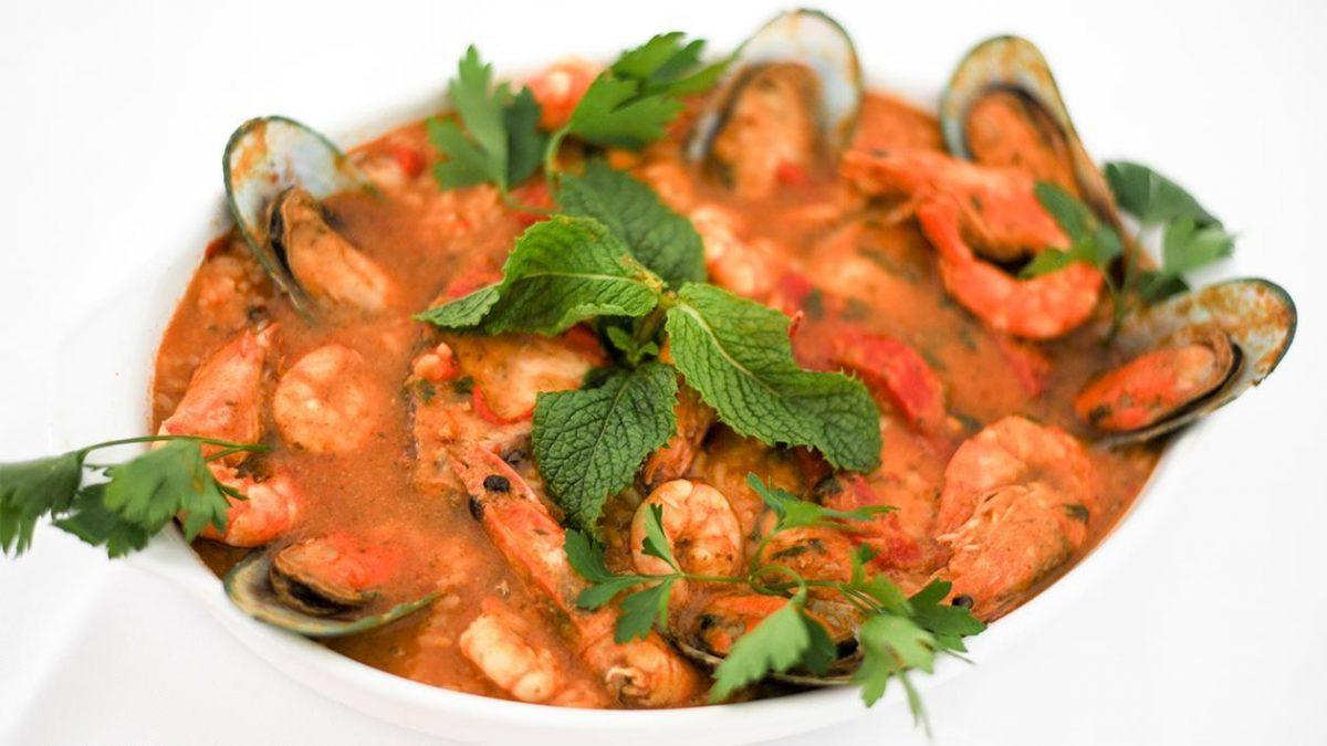 Amazing Seafood Places To Taste The Summer seafood Amazing Seafood Places To Taste The Summer arroz a pescador com marisco snack bar onda bar setubal 50197385 e1563977499548