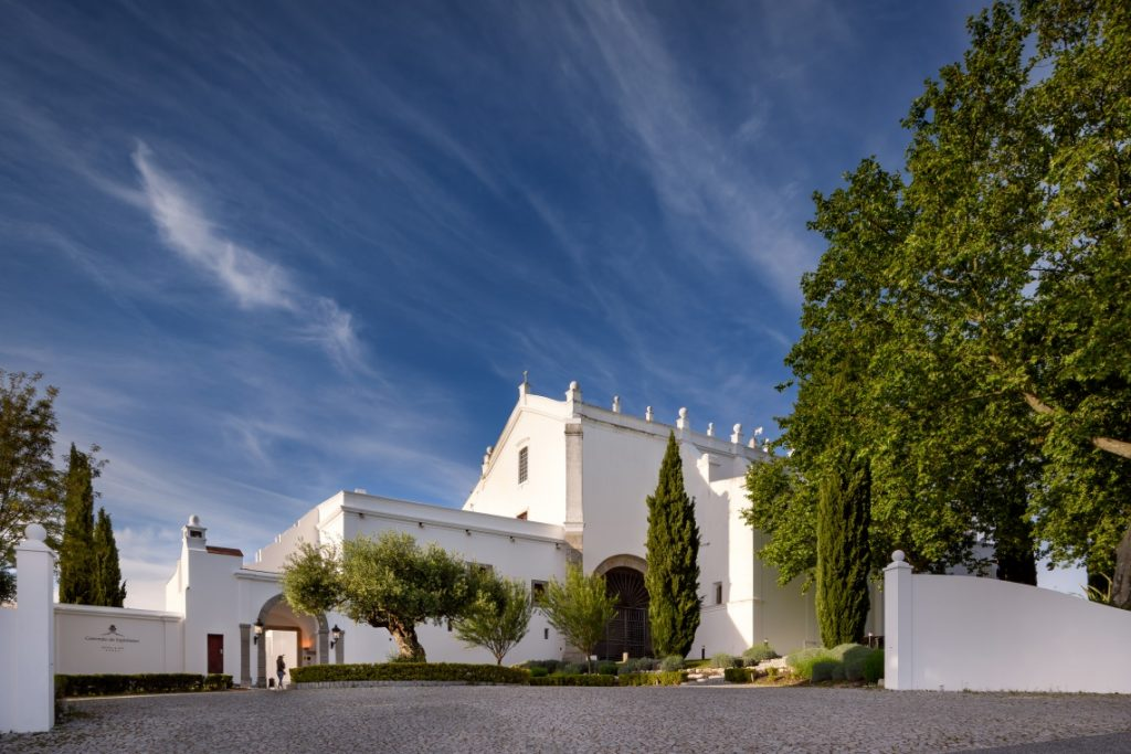 convento do espinheiro, historic hotel & spa This Portuguese Resort Is One Of The Best From The Iberian Peninsula: Discover Convento do Espinheiro, Historic Hotel & Spa b113d0c455f3f5abea9e3edf78ab4306 XL 1024x683