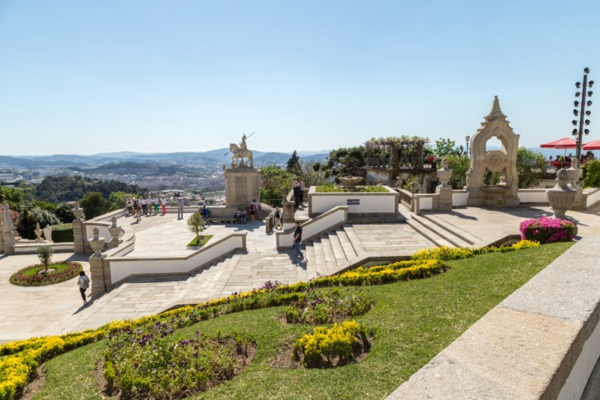 Here's Why Sanctuary of Bom Jesus do Monte in Braga Is On The UNESCO's World Heritage List   unesco Secrets Tips: Here's Why Sanctuary of Bom Jesus do Monte in Braga Is On The UNESCO's World Heritage List bragacool visitar bomjesus092