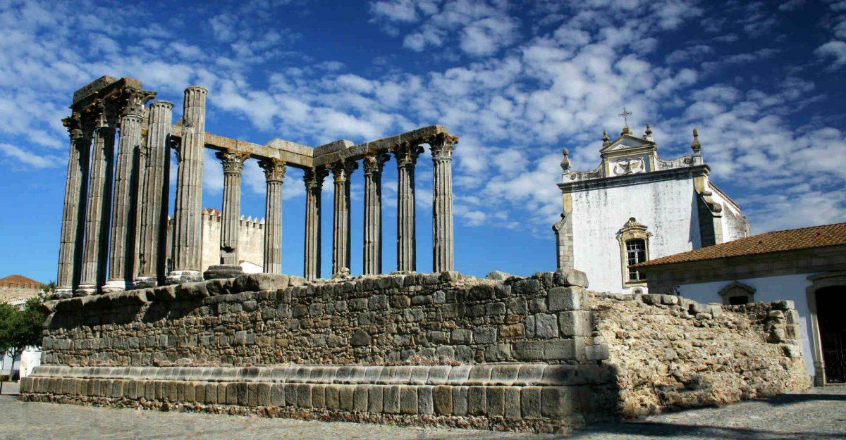 Secrets Itinerary: Discover The Extraordinary Alentejo Landscapes alentejo Secrets Itinerary: Discover The Extraordinary Alentejo Landscapes evora temple diana 1920x1000 e1564482435674