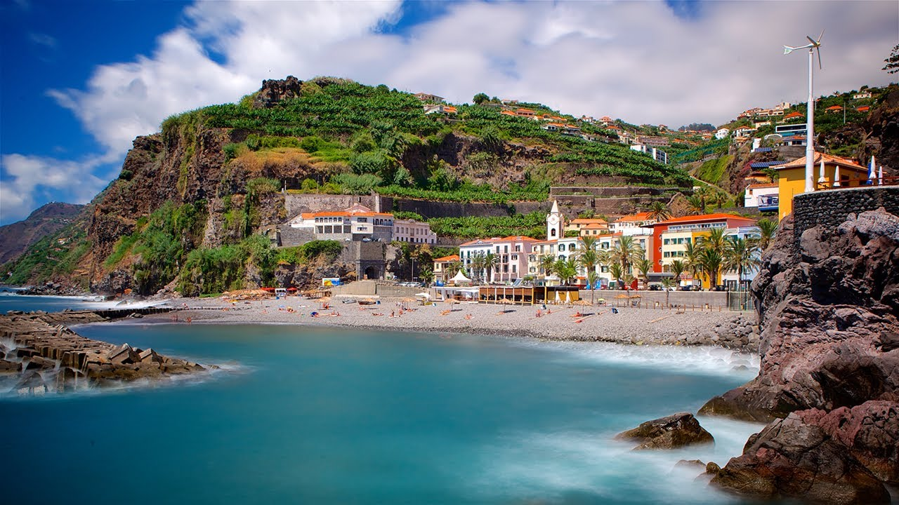 Secrets Itinerary: What To Do In The Amazing Madeira Island  madeira Secrets Itinerary: What To Do In The Amazing Madeira Island ilha da madeira portugal nos na trip4