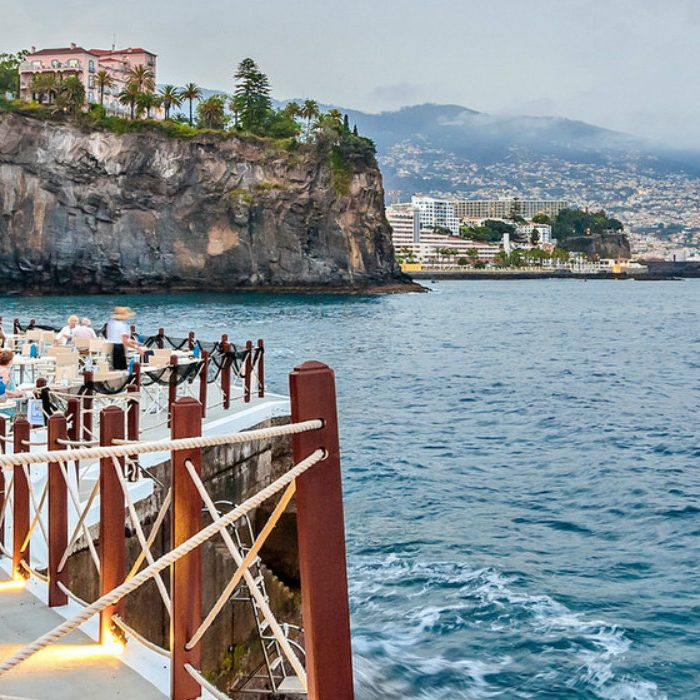 Eating Sushi With A View It's Possible! 'Sushi on the Pier' Is Back At Cliff Bay Hotel In Madeira sushi Eating Sushi With A View It's Possible! 'Sushi on the Pier' Is Back At Cliff Bay Hotel In Madeira sushi no cais b 1 700x700