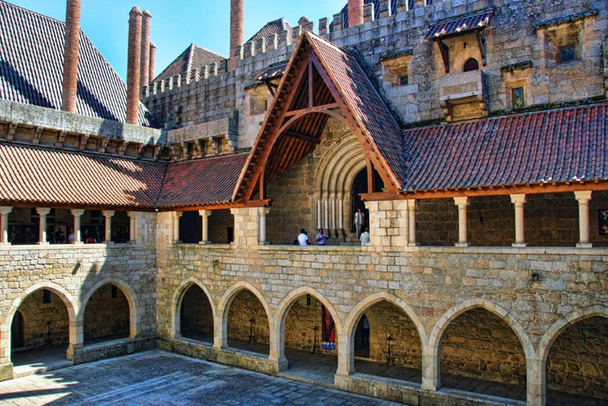 Secrets Itinerary: Discover Guimarães, The Birthplace Of Portugal guimarães Secrets Itinerary: Discover Guimarães, The Birthplace Of Portugal Guimar  es   Pa  o dos Duques de Bragan  a 4 e1566897730472