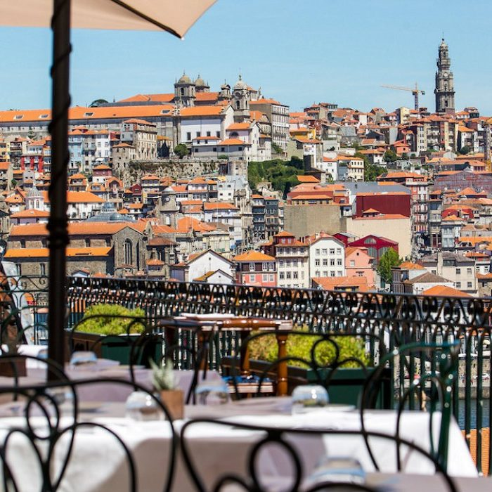 porto Porto: Taylor's Wineries Have Amazing New Dishes To Order This Summer Restaurante Bar  o Fladgate 700x700
