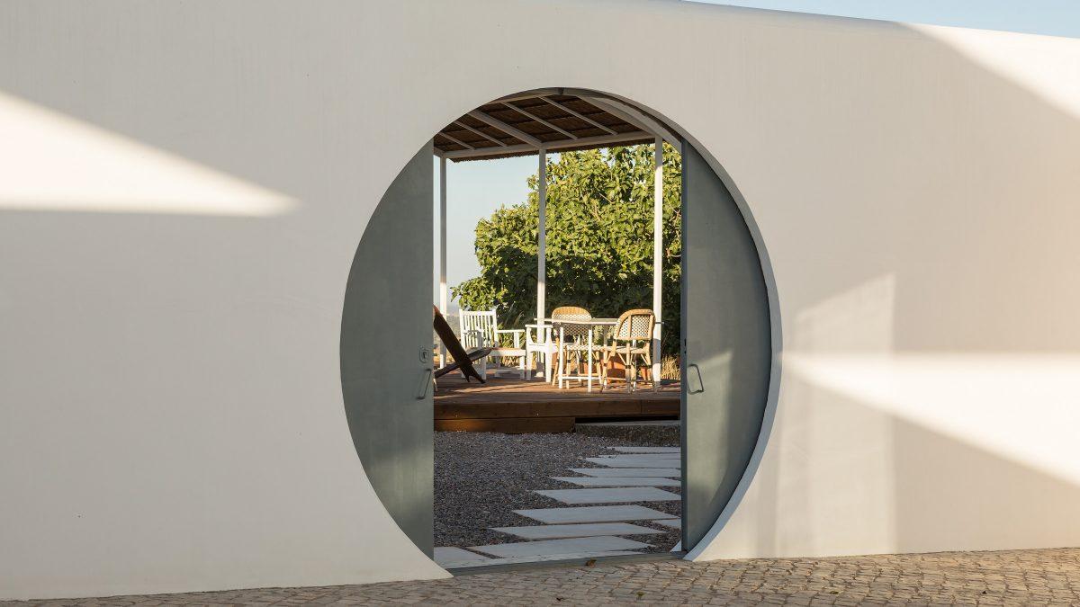 Secrets Tips: The Top 10 Boutique Hotels In Portugal hotel Secrets Tips: The Top 10 Boutique Hotels In Portugal dalicenca pt stay slide 1 e1565351123779