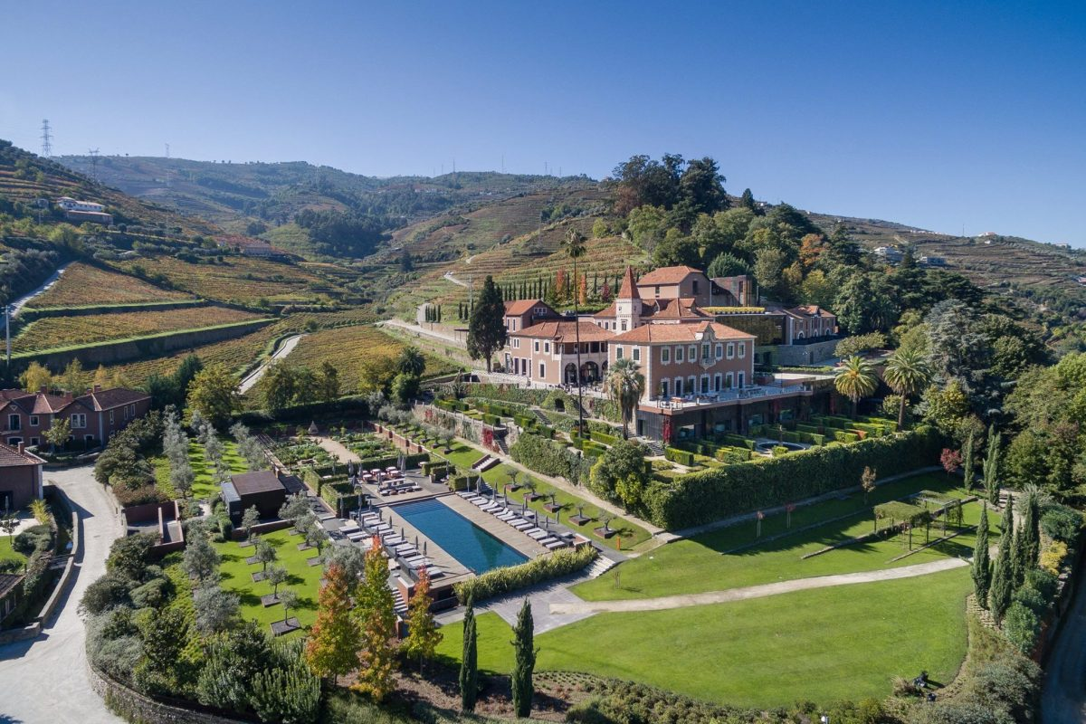 Secrets Itinerary: Peace, Quiet And Nature - Discover This New Tourism Trend nature Secrets Itinerary: Peace, Quiet And Nature – Discover This New Tourism Trend op 36977 six senses douro valley e1566386272807