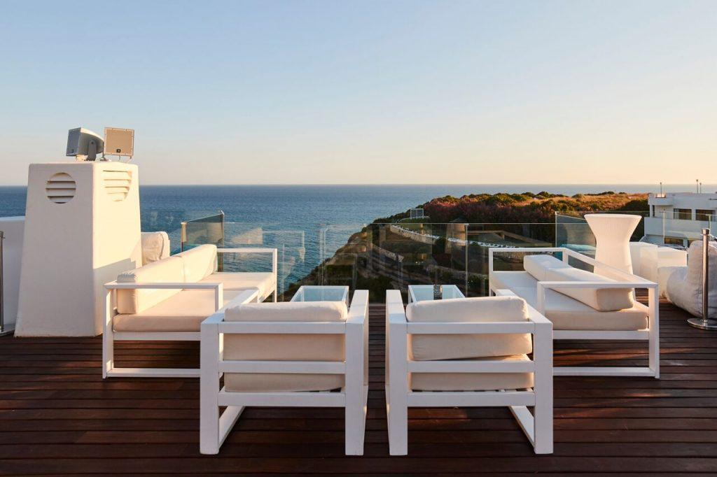 Secrets Tips: The Best Rooftops To Enjoy Summer Nights rooftops Secrets Tips: The Best Rooftops To Enjoy Summer Nights sky 1024x682