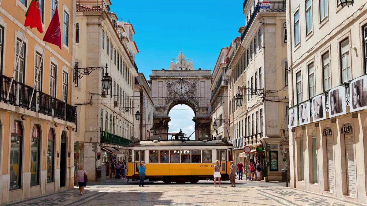 top 10 most expensive streets in portugal Discover The Top 10 Most Expensive Streets In Portugal a43683d33b40f413228d54e3c6ed4a2f 4 e1566919196813