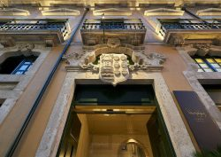 porto Porto Bay Flores: A Luxury Palace Hotel In The Heart Of Porto pbfl fachada 2 baixa 250x177