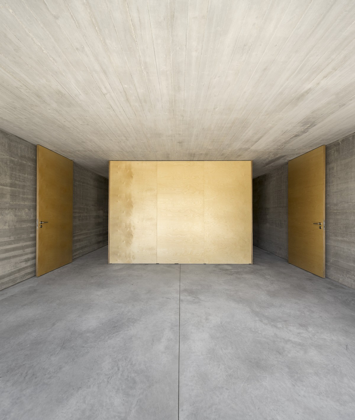 Discover The Minimalistic Architecture Of This Lisbon House minimalistic architecture Discover The Minimalistic Architecture Of This Lisbon House Discover The Minimalistic Architecture Of This Lisbon House 2